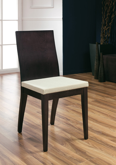 Chair model 600T