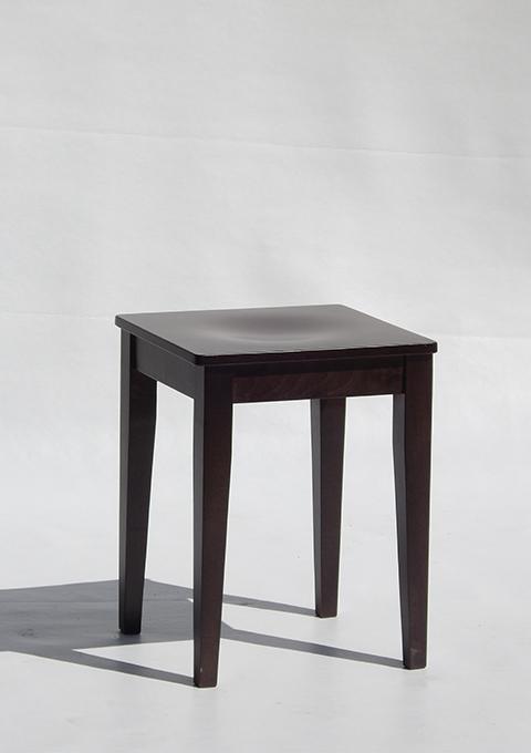 Low stool model 600